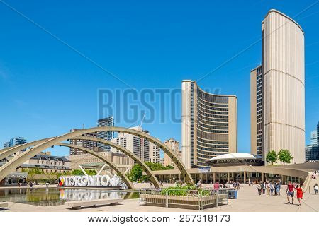 Toronto,canada - June 25,2018 -  Nathan Phillips Square With Buildings Of New City Hall In Toronto.