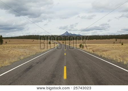 Highway To Mountain