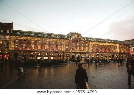 Strasbourg, France - Dec 9, 2016: Central Place Kleber In Strasbourg With Fir Tree Market And Pedest