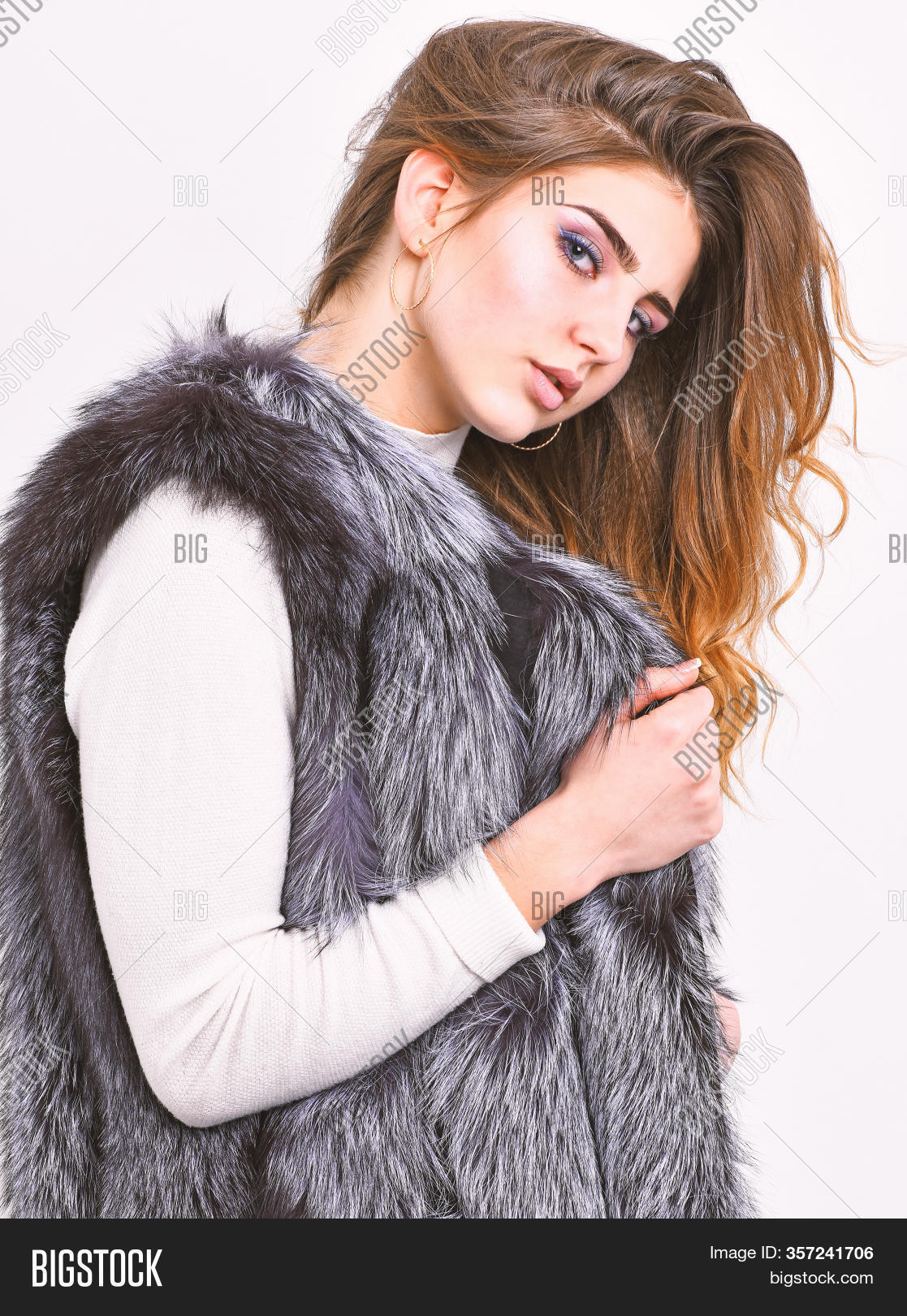 Boutique Selling Fur Image Photo Free Trial Bigstock
