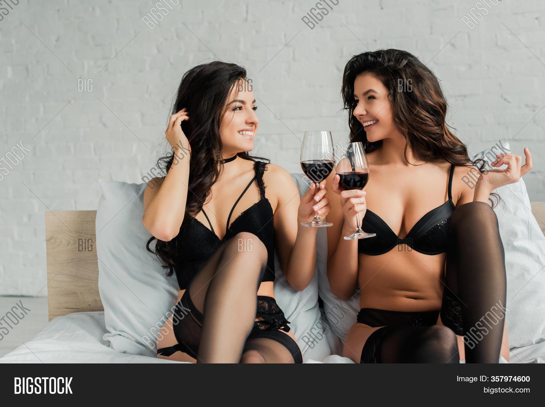 Lezbians sexy