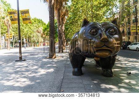 Barcelona, Spain - August 2, 2019: El Gato De Botero, Famous Sculpture In Raval