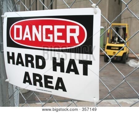 Danger – Hard Hat Area – Warning Sign