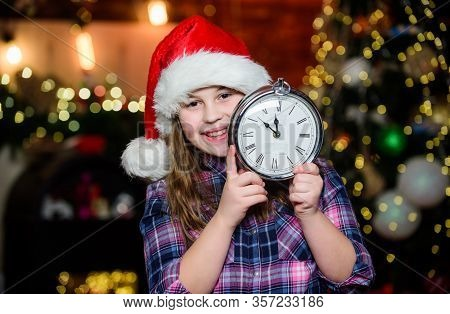 Beat The Christmas Rush. Santa Little Girl. New Year Party. Xmas Mood. Little Girl In Hat. Xmas Holi