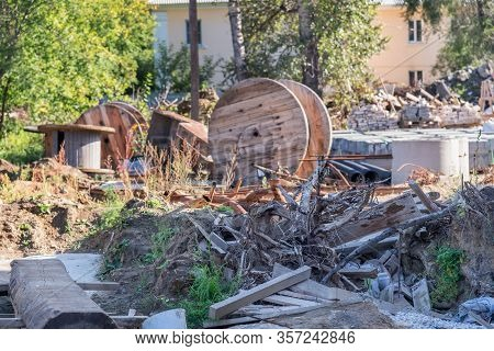 Construction Waste. E Nvironmental C Rime, P Roblems O F H Ousehold Waste , Criminals Have Created A
