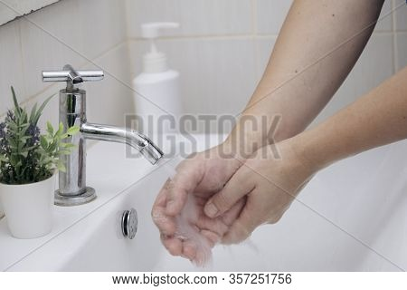 Personal Hygiene, Cleansing The Hands.