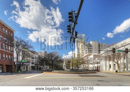 Augusta, Georgia/united States- January 7: The Street Scene In Downtown Augusta, Georgia. The City H