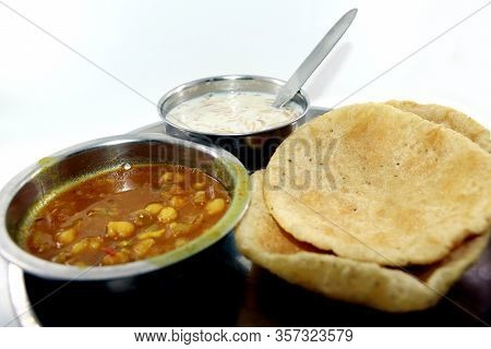 Indian Dish Spicy Chick Peas Curry Also Known As Chola/chana Masala Or Commonly Chole, Served Served