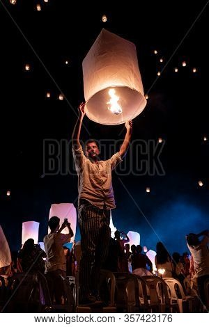Chiang Mai Thailand November 2018, Tourist And Local People Release White Lantern In The Sky For The