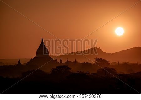 Bagan Myanmar, Hot Air Balloon During Sunrise Above Temples And Pagodas Of Bagan Myanmar, Sunrise Pa