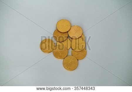 Orlando, Fl/usa-3/9/20: A Pile Of Gold Coins. Concept Money, Riches, Wealth, Banking, Finance, Lendi