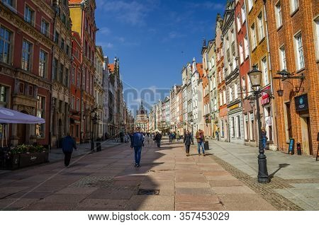 Gdansk, Poland, April 17, 2018: Golden Gate Zlota Brama, Prison Tower And Facade Of Beautiful Typica