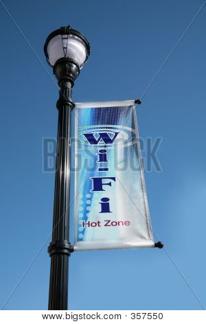 Wi-fi Lampost