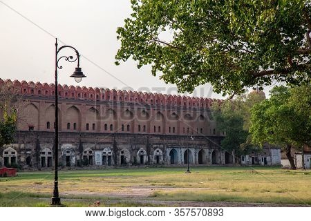 Main Entrance Of Red Fort Building.the Red Fort Is A Historic Fort In The City Of Delhi In India. Lo