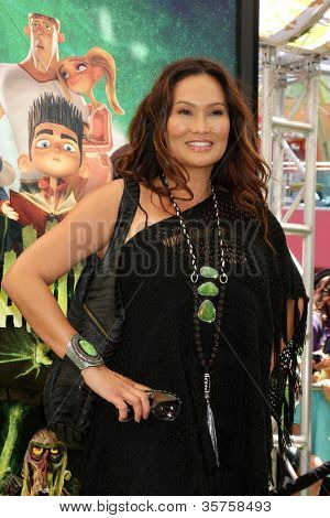 LOS ANGELES - AUG 5:  Tia Carrere arrives at the