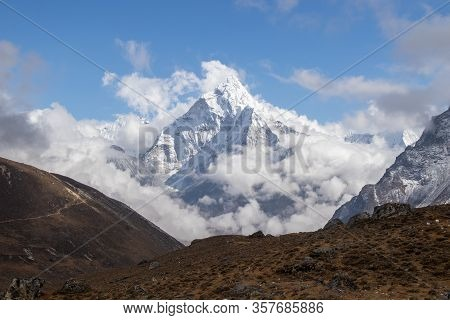 Scenic View Of Ama Dablam Mountain Peak At Chola Lake Near Zongla Village,everest Base Campe Treakki
