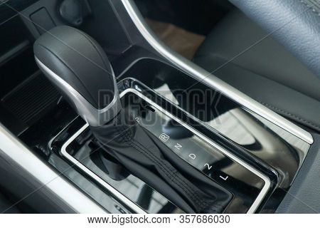 Auto Transmission Gears Is A Type Of Motor Vehicle Transmission That Can Automatically Change Gear R