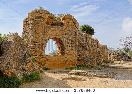 The Historical Walls With Archs Around The Complex Of Valley Of The Temples (valle Dei Templi) Built