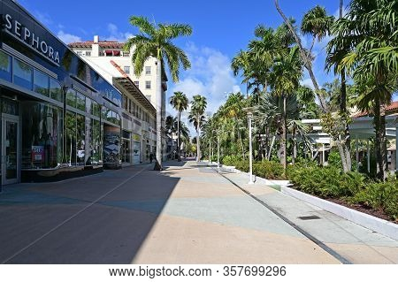 Miami Beach, Florida - March 21, 2020 - Lincoln Road Mall Is Empty As Hotels, Restaurants And Beach