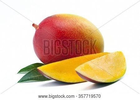 Mango Fruit With Mango Cubes. Juice Mango Slice, Summer Fruit Concept.