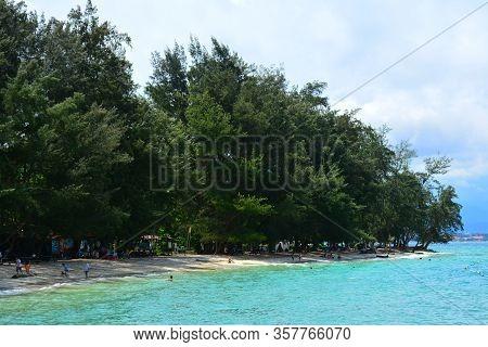 Sabah, My - June 20: Manukan Island On June 20, 2016 In Sabah, Malaysia. The Manukan Island Resort I