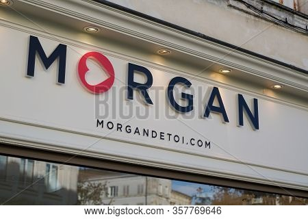 Bordeaux , Aquitaine / France - 12 04 2019 : Shop Logo Morgan Brand Fashion Signage In Store Street