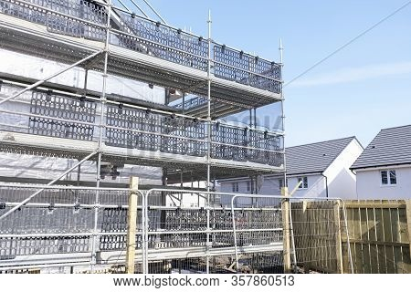 Building Affordable Homes With Scaffolding Safety By Local Construction Council To Help Government S