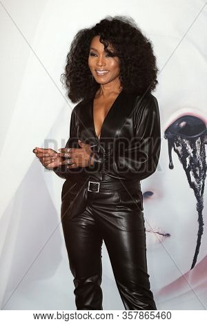 LOS ANGELES - OCT 3:  Angela Bassett at the American Horror Story 100th Episode Celebration at the Hollywood Forever on October 3, 2019 in Los Angeles, CA