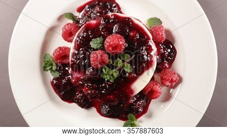 panna cotta with berry fruit in plate