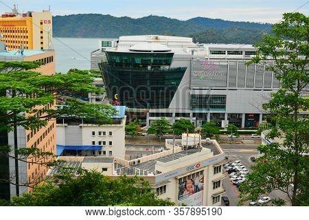 Kota Kinabalu, My- June 21: Suria Sabah Mall Facade On June 21, 2016 In Kota Kinabalu, Malaysia . Su