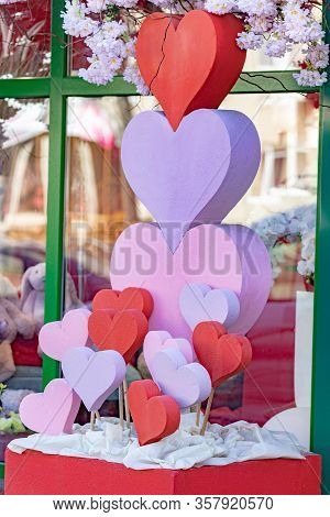 Hearts Of Pink And Red Colors Background With Soft Focus. Holliday Or Birthday Background With Inter