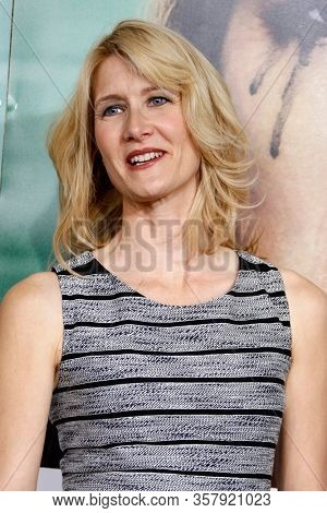 LOS ANGELES - OCT 6:  Laura Dern 1110 at the