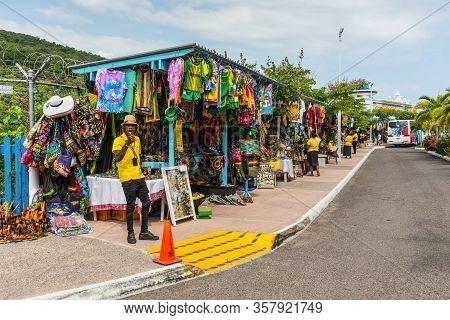 Ocho Rios, Jamaica - April 22, 2019: Souvenir Street Market In The Tropical Caribbean Island Of Ocho