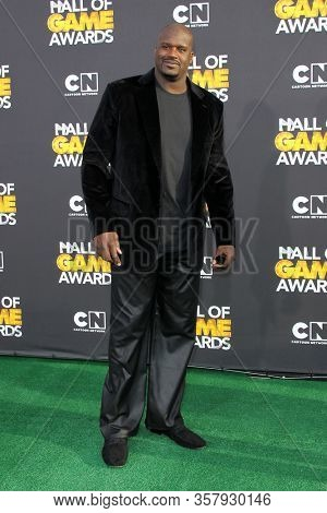 LOS ANGELES - FEB 18:  Shaquille O'Neal at the 2012 Cartoon Network Hall of Game Awards at the Barker Hanger on February 18, 2012 in Santa Monica, CA
