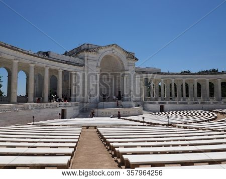 Norfolk, Usa - June 9, 2019: The Memorial Amphitheater In Arlington National Cemetery.