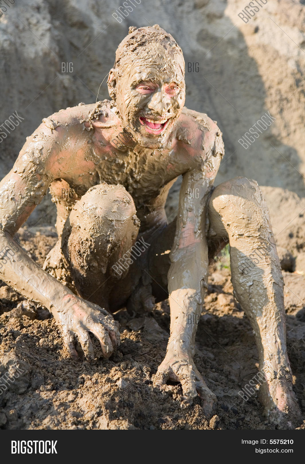 Naked Man Covered Mud Stock Photo 164035955 - Shutterstock