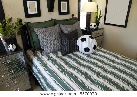 soccer fan bedroom