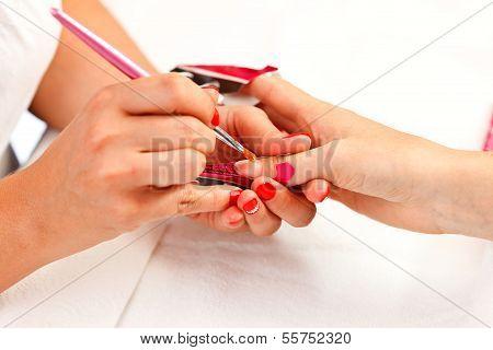 Making Acrylic Fingernails