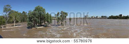 Flooding Fitzroy River