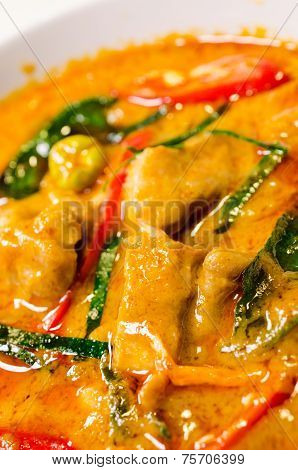 Red Savory Curry With Chicken