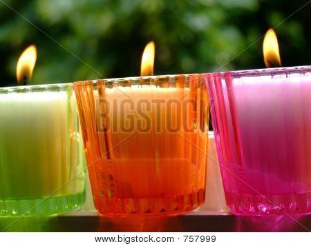 vergossene Kerzen