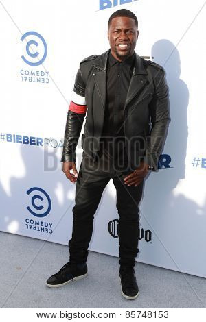 LOS ANGELES - MAR 14:  Kevin Hart at the Comedy Central Roast of Justin Bieber at the Sony Pictures Studios on March 14, 2015 in Culver City, CA