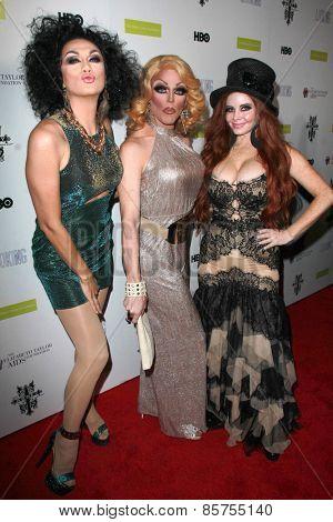 LOS ANGELES - MAR 19:  Manila Luzon, Morgan McMichaels, Phoebe Price at the