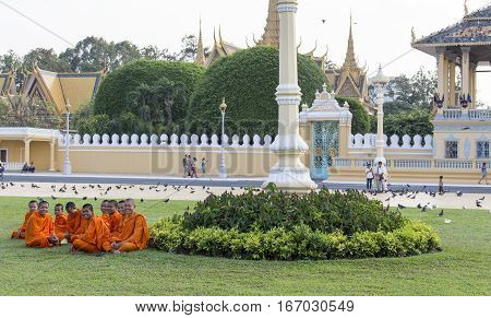 Monks Tour The Royal Palace Grounds In Phnom Penh