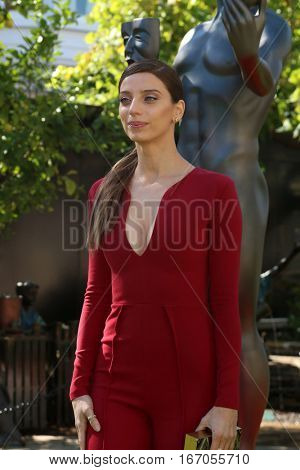 LOS ANGELES - JAN 25:  Angela Sarafyan at the Greet the Actor Statue - SAG Event at The Grove on January 25, 2017 in Los Angeles, CA