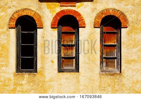 Windows on the Facade of the Old Spain House