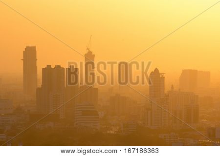 Misty sunset in Bangkok, thong lor Sukhumvit area