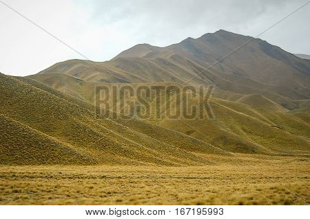 Rolling hills around Queenstown on the South Island of New Zealand