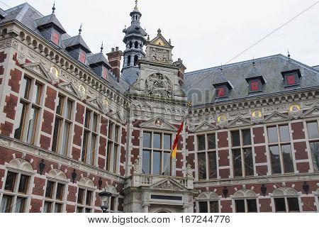 University Hall of Utrecht University and statue of Count (Graaf) Jan van Nassau in Dom Square the Netherlands