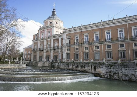 Facade of palace in the royal gardens of aranjuez in madrid, spain